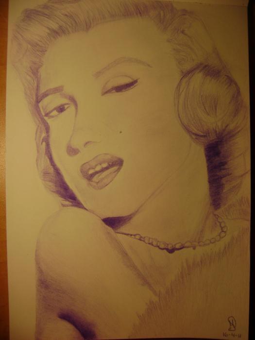 Marilyn Monroe by MAYA.S